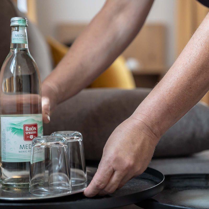 Hotel Ritter Jörg Sommerhausen Flasche Wasser